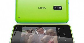 Nokia Lumia 620 smartphone Windows Phone 8