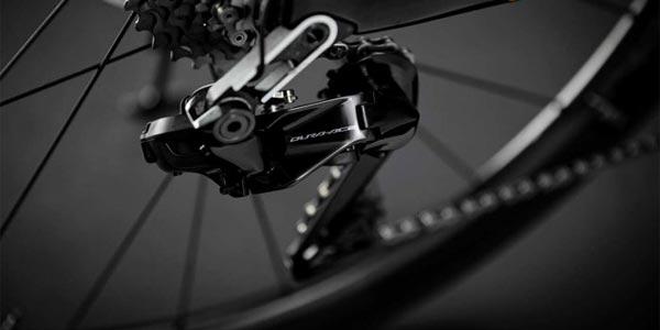 Nouveau dérailleur vélo Shimano Dura Ace Di2