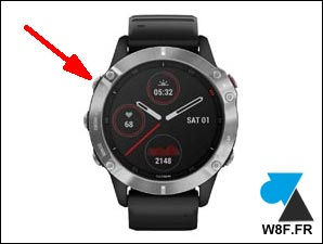 tutoriel montre Garmin reset power bouton