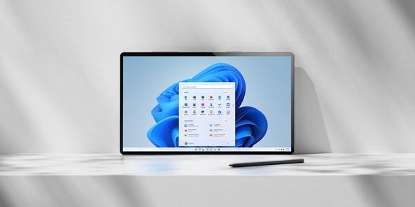 Windows 11 photo laptop